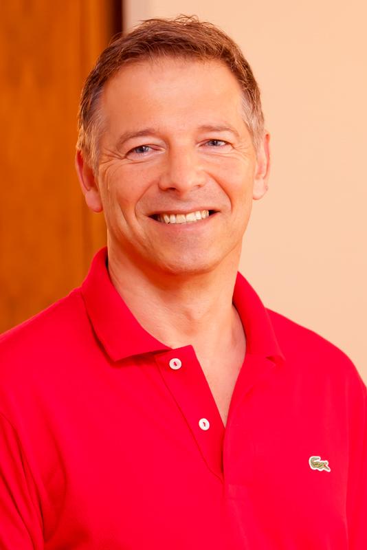 Dr. med.<br /> Elmar Schaefer